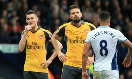 Arsenal por la supervivencia, City por el honor